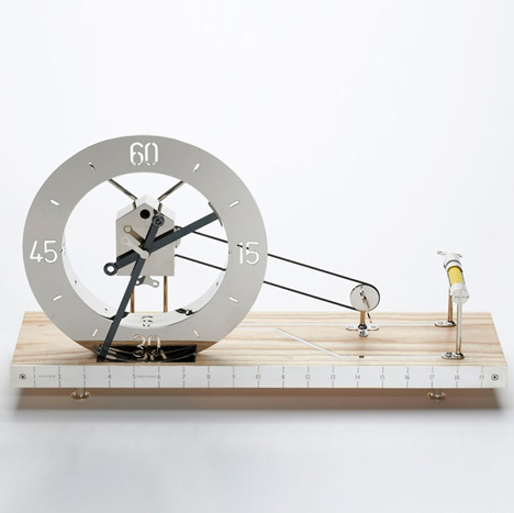 Creative Spinnewiel Clock1.jpg